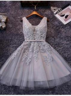 $79 Puffy Short Elegant V-Neck Appliques Silver Lace Homecoming Dresses