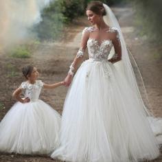 Elegante Brautkleider Weiße Spitze Mit Ärmel Prinzessin Hochzeitskleider Online