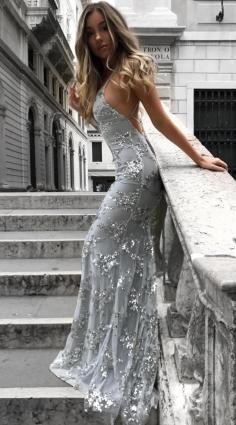 Sexy Silber Abendkleider Lang Günstig Sequins Spitze Abendmoden Abiballkleider Günstig