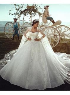 2018 Luxury Hochzeitskleider Spitze A Linie Brautkleider Günstig Online