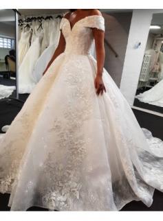 Luxus Brautkleid A Linie | Spitze Hochzeitskleider Günstig Online