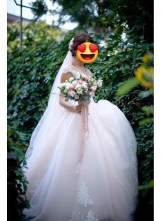 Wunderschöne Brautkleider mit Spitze   Hochzeitskleider Prinzessin Online